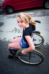 Fysiske funksjonshemninger og utmattelse - En kartlegging av elever med muskelsykdommer i grunnskolen
