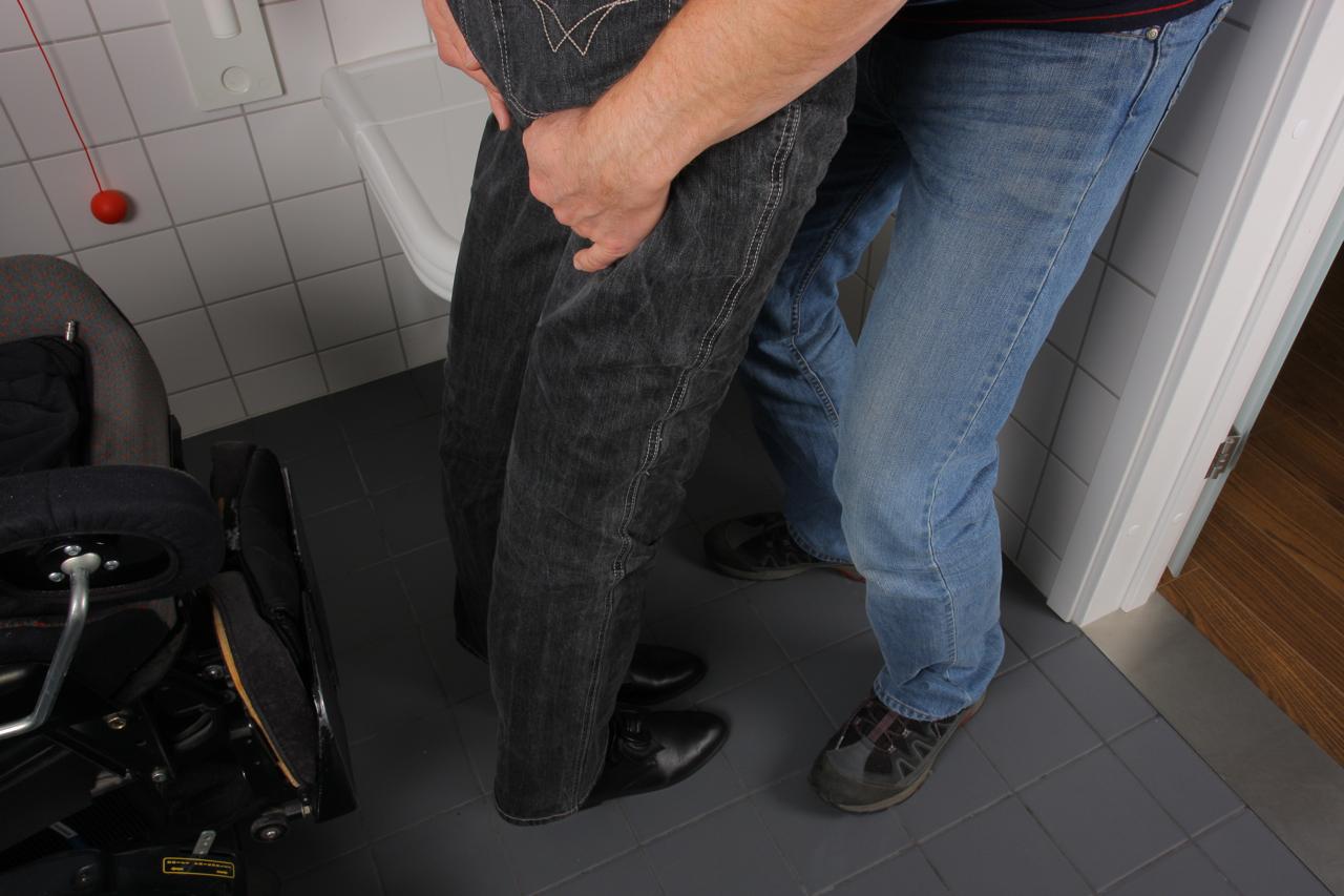 9. Drei mot toalettet