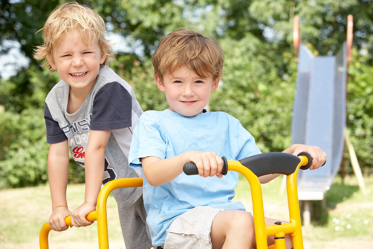 Overgang fra barnehage til skole og fra skole til skole